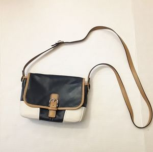 COACH | vintage navy and brown buckle crossbody